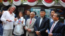 Nepal verteilt kostenlose SIM-Karten an Touristen