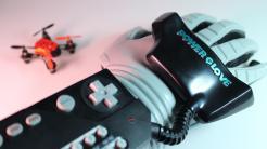 Neues Innenleben für Nintendo Power Glove: Drohnen steuern per Handgesten