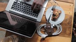 MacBook-Netzteil: Hilfe gegen das Kabelchaos