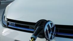 Bundesrat befürwortet erweiterten Steuerbonus für E-Autos