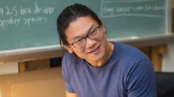 """Porträt von Andrew """"Bunnie"""" Huang"""