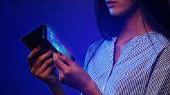 Lenovo Folio: Faltbares Tablet kann sich in Smartphone verwandeln