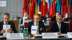 Kritik aus OSZE und Europarat an Outsourcing der Rechtsdurchsetzung im Internet an Private