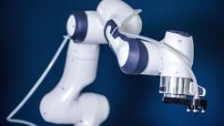 Jedermann-Roboter bringt Forschern den Deutschen Zukunftspreis