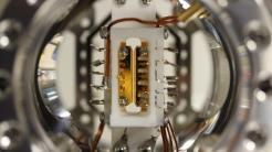 Quanten-Rechenmaschinen mit atomaren Qubits zeigen erhebliches Potenzial