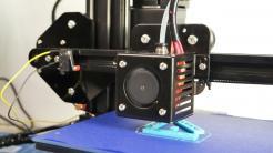 Weihnachtsgeld übrig? Make testet 3D-Drucker (weit) unter 300 Euro