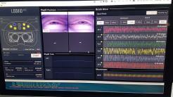 LooxidVR ausprobiert: Das Headset, das Gehirnströme misst und Pupillen trackt