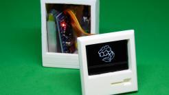 Digitale Grußkarte: Ein weißer Mini-Mac aus dem 3D-Drucker mit Arduino-Innenleben und Display
