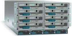 Ein Neuling in der Serverbranche: Cisco. Das Unified Computing System USC 5100 ist ein horizontales Blade-Center für Rechenzentren mit schnellen 10-Gigabit-Ethernet-Verbindungen.
