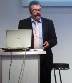 Professor Kurt-Ulrich Mayer von der Uni Leipzig
