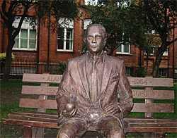 Alan-Turing-Denkmal in Manchester.