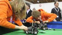 Meisterschaft der Maschinen: RoboCup Junior für die Spitzeningenieure von Morgen