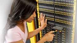Hewlett-Packard verfehlt Umsatzerwartungen und senkt Gewinnprognose