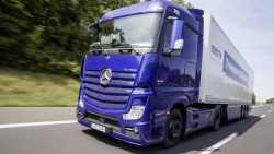 Autonomer Lastwagen absolviert erste Autobahntour