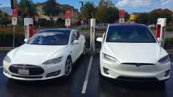 """Tesla-""""Autopilot"""" soll ungefährlicher werden"""