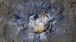 NASA-Sonde Dawn: Neue Bilder der Krater auf Ceres