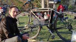 Himmelfahrt: Bar-Fahrrad, Bierbrauen und Atemalkoholtester