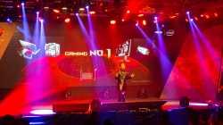 10 Jahre Asus Republic of Gamers: Modularer PC, SLI-Notebook und 180-Hz-Monitor