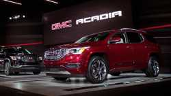 Autohersteller: Gewichtssenkung statt Stromern