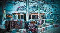 Vergangenheit, Graffiti, Ruine