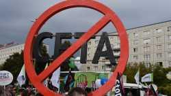 """Demos Stop Ceta und TTIP: """"Wir kämpfen bis zum letzten Meter"""""""