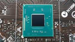Intel Bay Trail: Celeron J1800