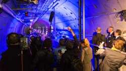 Letztes Teil von Riesenlaser montiert: Feierliche Eröffnung des XFEL