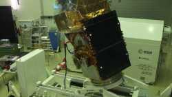 Sentinel-2B im Reinraum