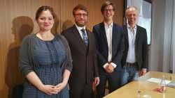 Friederike Ernst, Marcus Ewald, Florian Glatz und Joachim Lohkamp stellen den neuen Bundesverband Blockchain vor (v.l.)
