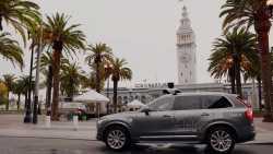 Uber akzeptiert Zulassungspflicht für Robo-Taxis