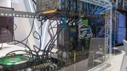 ASRock H110 BTC+ mit Grafikkarten fürs Bitcoin-Mining