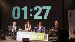 re:publica: Innenminister stellt sich der Kritik -- und versteht sie nicht