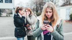 Cybermobbing bleibt großes Thema unter Teenagern