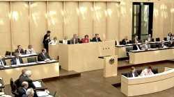 Bundesrat gibt weiten Zugriff auf Passfotos aller Bürger und Handys von Flüchtlingen frei