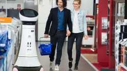 Service-Roboter im Einzelhandel: Branche erprobt Technik-Hilfen
