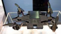 Selfly: Smartphone-Hülle und Drohne in einem