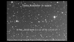 Nach Start der Falcon Heavy: Astronomen beobachten den Tesla