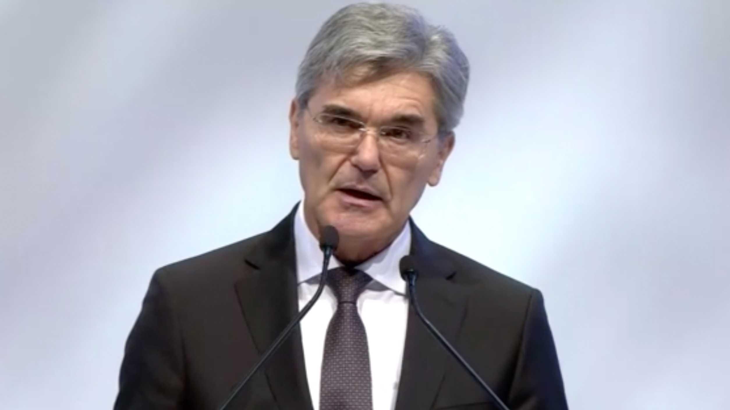 Siemens-Chef verteidigt Job-Abbau
