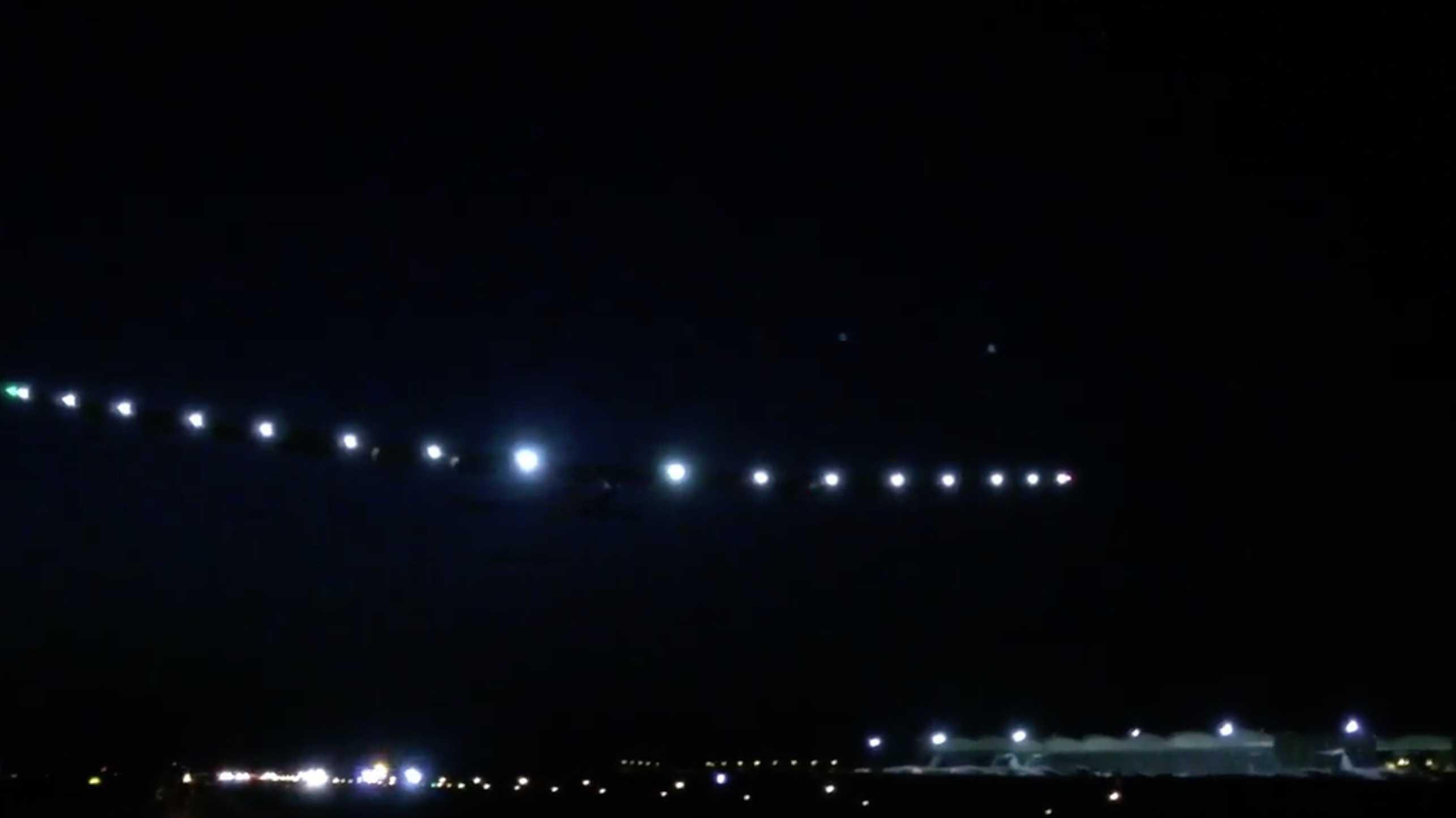 Solar Impulse 2: Solarflugzeug startet zur vorletzten Etappe