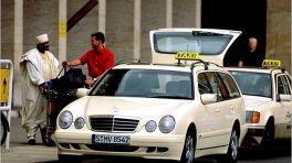 Mercedes S210 Taxi