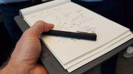 Wacom Bamboo Slate und Folio: gleichzeitig auf Papier und Tablet schreiben