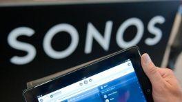 Schritfzug Sonos, davor ein Tablet