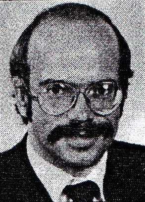 Wolfgang Kleinwächter auf einem Passbild aus den achtziger Jahren.