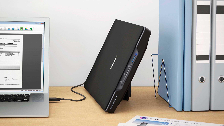 Epson V19: Günstiger Fotoscanner mit Staubentfernung