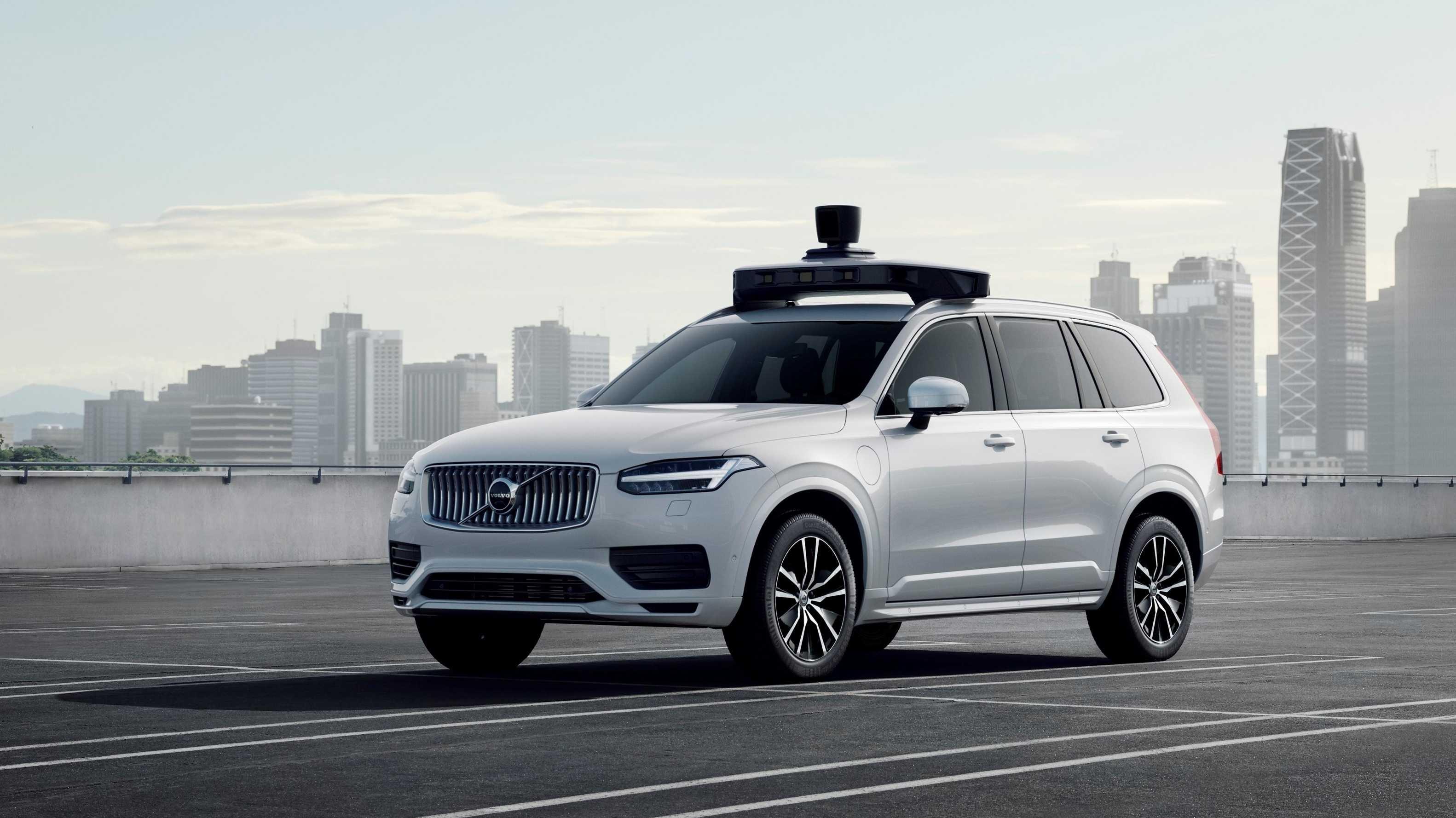 Uber und Volvo stellen gemeinsam entwickelten autonomen XC90 vor