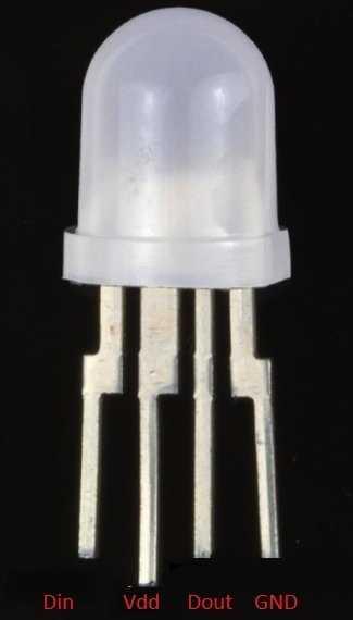 Weiße LED mit vier Beinen