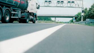 Zahl der Maut-Kilometer bei Lkw steigt deutlich