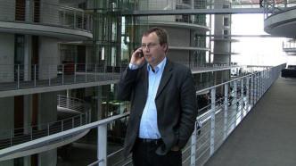 Krischer kritisiert Dobrindt nach Audi-Manipulation