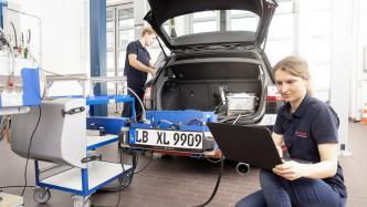 Abgasmessgerät von Bosch