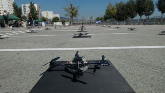 100 Drohnen über Linz: Spaxelkunst auf der Ars Electronica